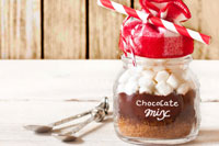 hot-cocoa-fall-wedding-favors.jpg